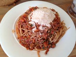 Vegane Spaghetti Bolognese mit Tofu