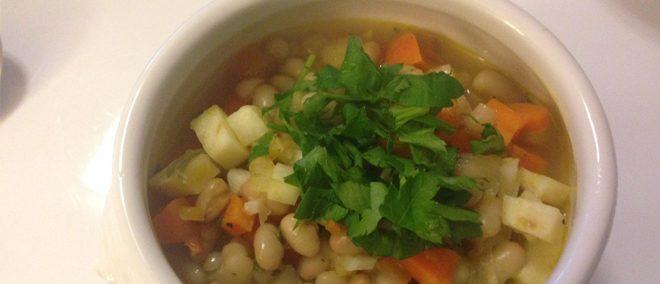 vegane Bohnensuppe