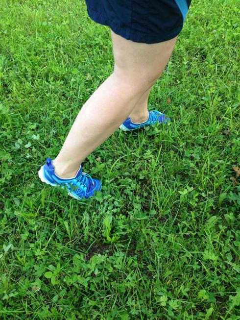 Vegane Schuhe in Aktion - Vegane Schuhe von oben - Vivobarefoot Trail Freak Ladies