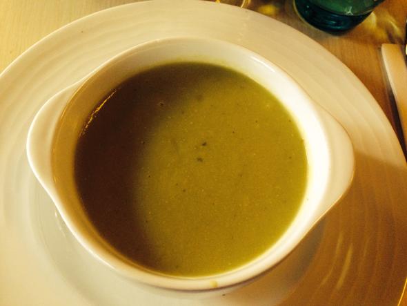 Vorspeise - Erbsen-Minz-Suppe