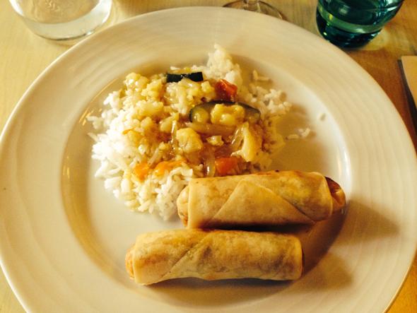Hauptspeise - Frühlingsrollen mit Reis